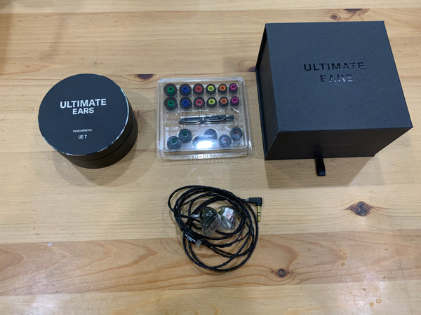 [PRE-OWNED] UE7 TO-GO Universal
