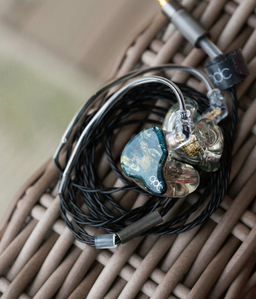 qdc 8CL custom in-ear monitor