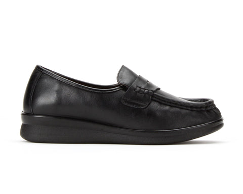 CLARA | Women's TerraFlex Occupational Slip-Resistant Loafer