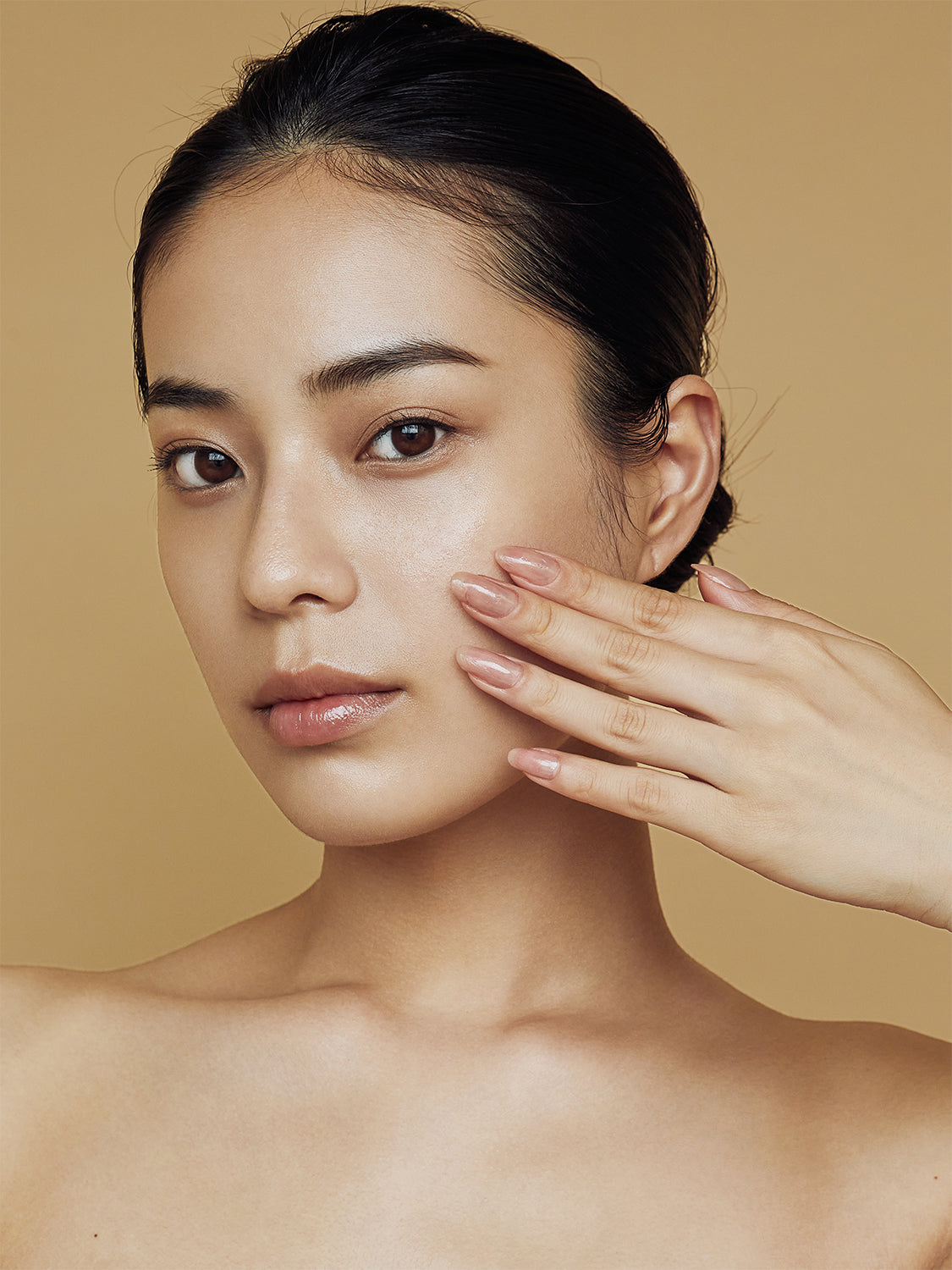 look younger than your age with cell forte skin care serum and cream