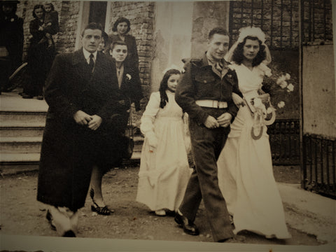 Amelia Chiappella and George Titchmarsh marry in Milan in summer 1948