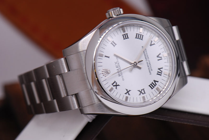products/GML1000_-_Rolex_Oyster_Perpetual_Boysize_Ref_177200_White_MINT_-_6.JPG