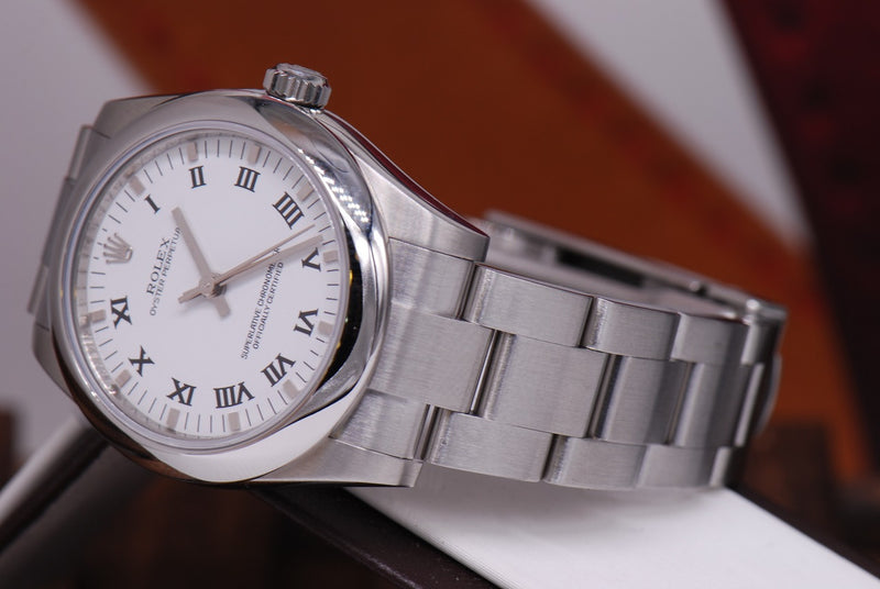 products/GML1000_-_Rolex_Oyster_Perpetual_Boysize_Ref_177200_White_MINT_-_7.JPG