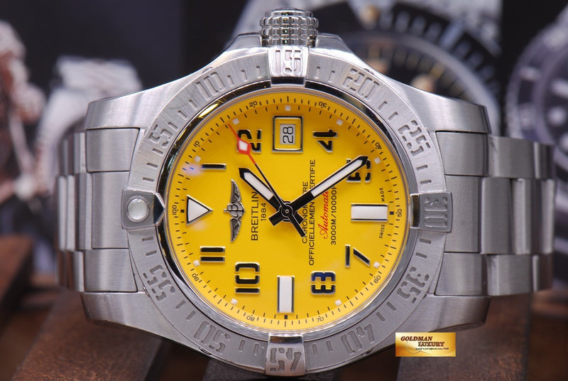 products/GML1012_-_Breitling_Avenger_II_Seawolf_45mm_Yellow_A17331_MINT_-_4.JPG