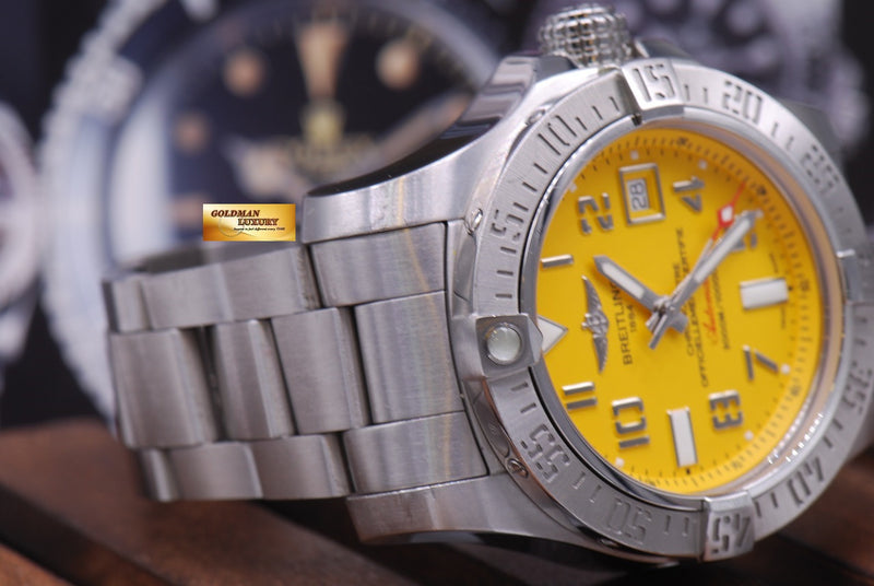 products/GML1012_-_Breitling_Avenger_II_Seawolf_45mm_Yellow_A17331_MINT_-_5.JPG