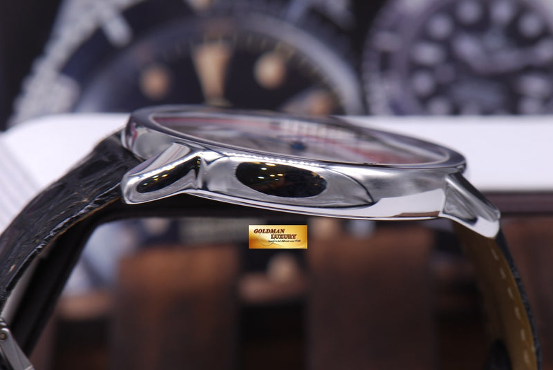 products/GML1021_-_Cartier_Ronde_Solo_XL_42mm_Automatic_MINT_-_9.JPG