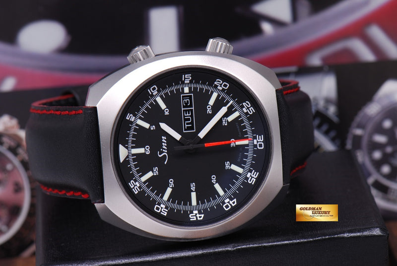 products/GML1022_-_Sinn_240_ST_with_interior_Pilot_Bezel_Automatic_MINT_-_11.JPG