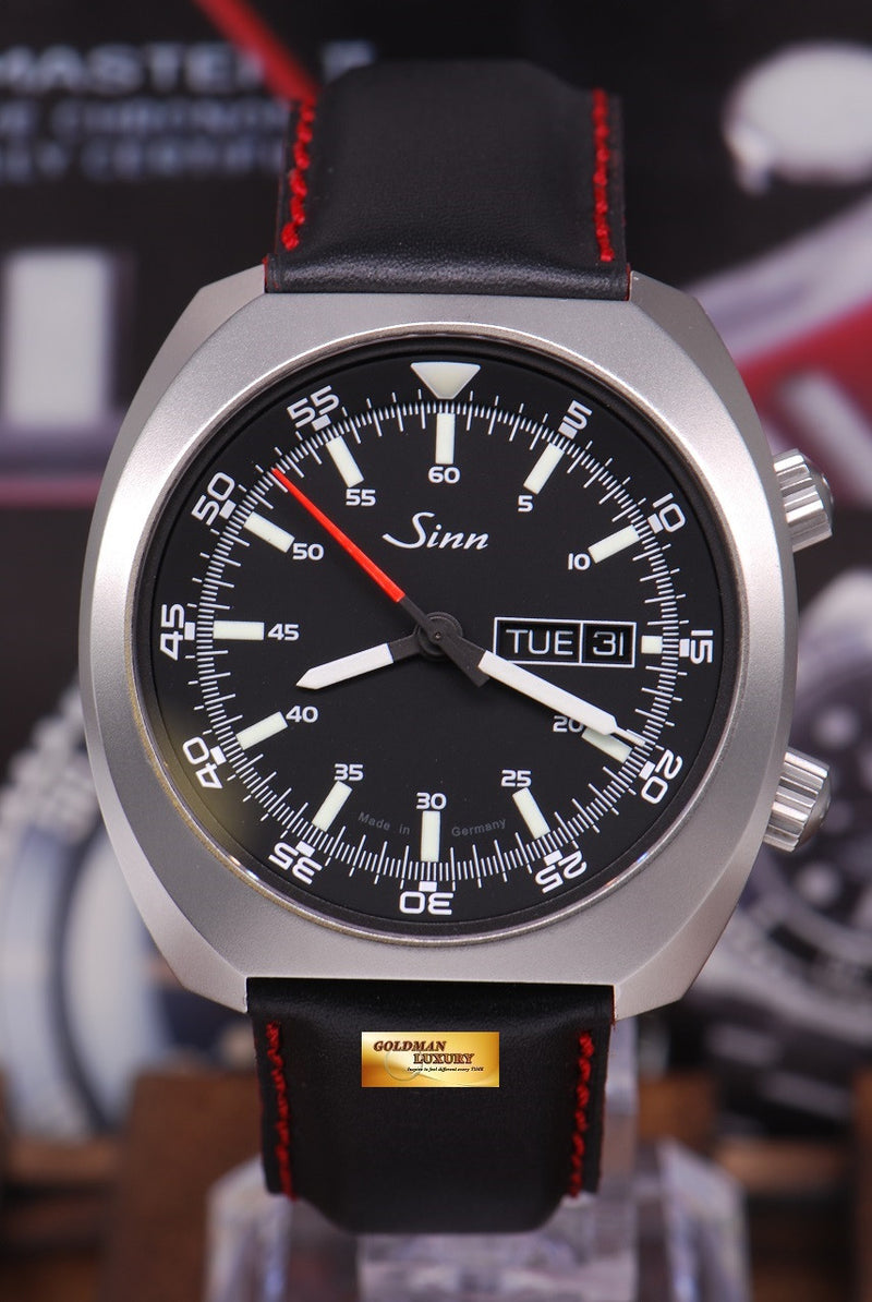 products/GML1022_-_Sinn_240_ST_with_interior_Pilot_Bezel_Automatic_MINT_-_1.JPG