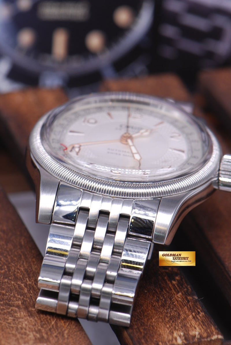 products/GML1030_-_Oris_Big_Crown_Pointer_Date_40mm_Automatic_Near_Mint_-_3.JPG