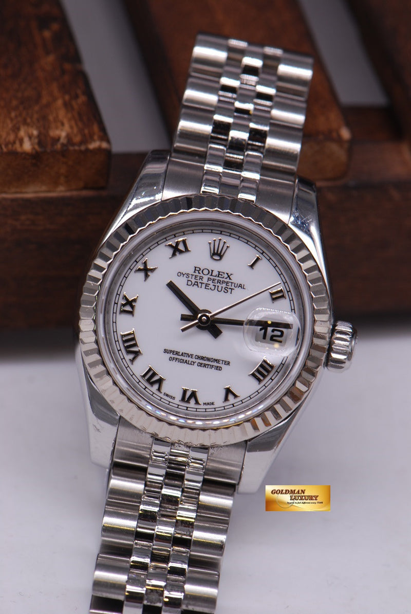 products/GML1036_-_Rolex_Oyster_Datejust_26mm_Stainless_Ref_179174_Near_Mint_-_3.JPG