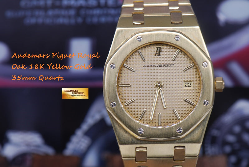 products/GML1089_-_Audemars_Piguet_Royal_Oak_18K_Yellow_Gold_35mm_Quartz_NEAR_MINT_-_16.JPG