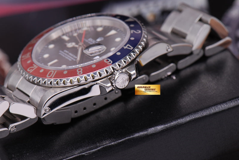 products/GML1186_-_Rolex_Oyster_Perpetual_GMT-Master_Pepsi_bezel_16700_Near_Mint_-_8.JPG