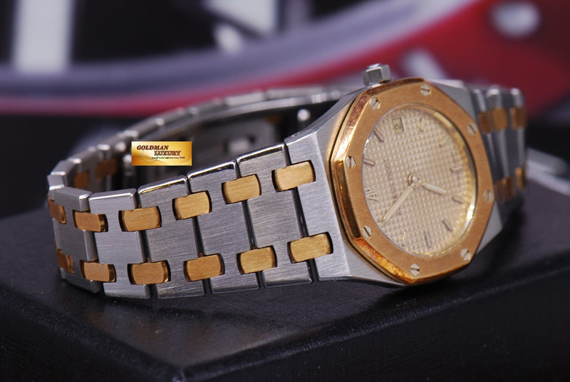 products/GML1217_-_Audemars_Piguet_Royal_Oak_Ladies_Half-Gold_24mm_Quartz_Near_Mint_-_6.JPG