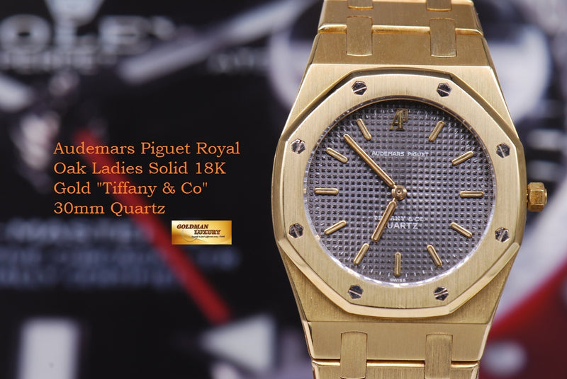 products/GML1218_-_Audemars_Piguet_Royal_Oak_Ladies_18K_Gold_30mm_Quartz_Near_Mint_-_13.JPG
