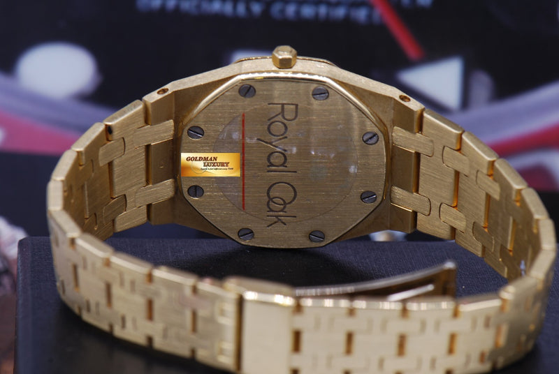 products/GML1218_-_Audemars_Piguet_Royal_Oak_Ladies_18K_Gold_30mm_Quartz_Near_Mint_-_8.JPG