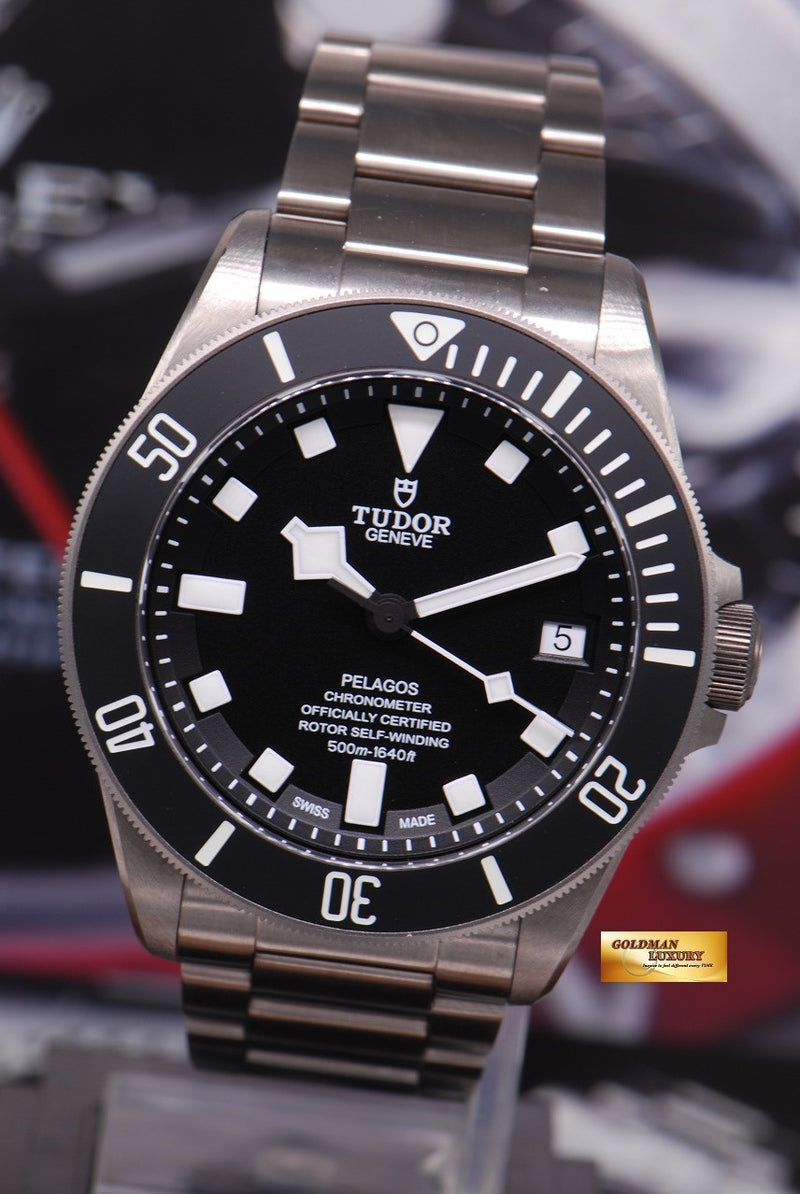products/GML1222_-_Tudor_Pelagos_Titanium_41mm_In-House_Mvt_25600T_Near_Mint_-_4.JPG