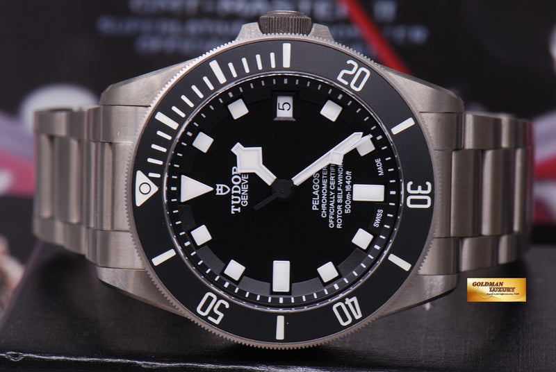products/GML1222_-_Tudor_Pelagos_Titanium_41mm_In-House_Mvt_25600T_Near_Mint_-_5.JPG