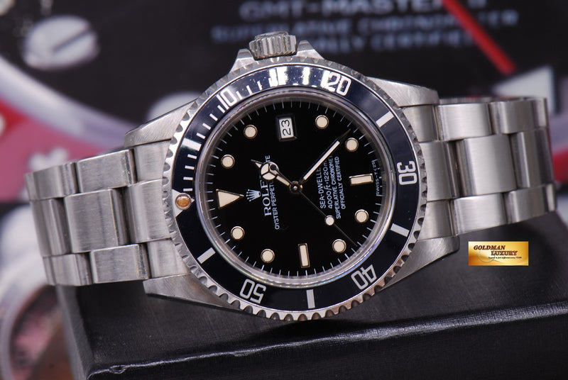 products/GML1261_-_Rolex_Oyster_Sea-Dweller_Transitional_16660_Vintage_-_10.JPG