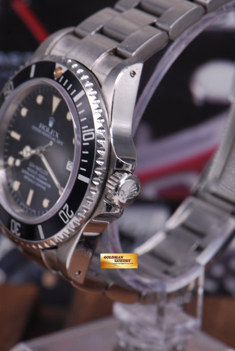 products/GML1261_-_Rolex_Oyster_Sea-Dweller_Transitional_16660_Vintage_-_2.JPG