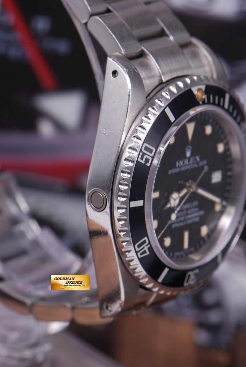 products/GML1261_-_Rolex_Oyster_Sea-Dweller_Transitional_16660_Vintage_-_3.JPG