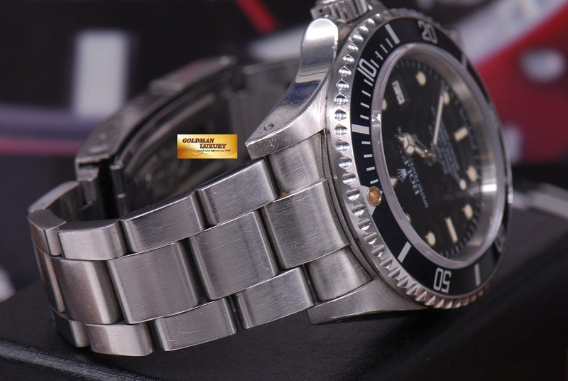 products/GML1261_-_Rolex_Oyster_Sea-Dweller_Transitional_16660_Vintage_-_6.JPG
