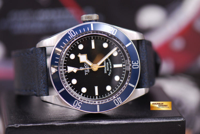 products/GML1284_-_Tudor_Black_Bay_Heritage_Blue_Automatic_79220_-_10.JPG
