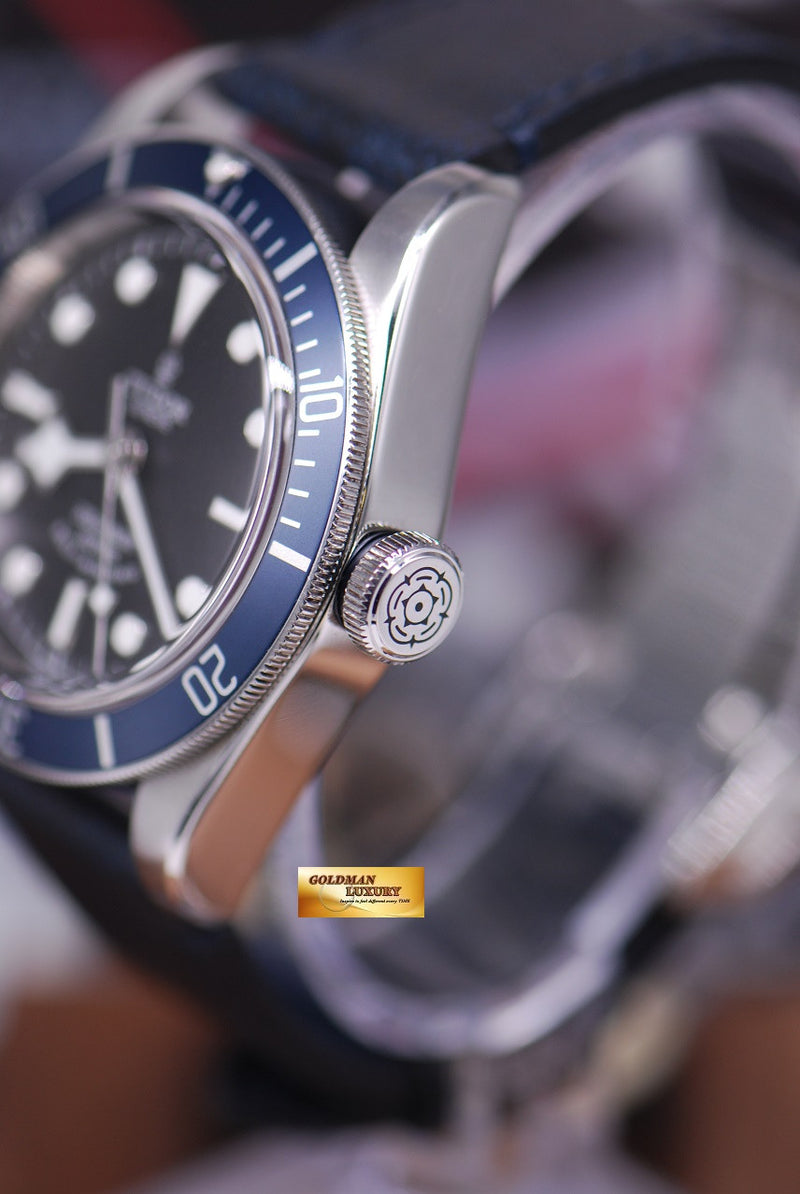 products/GML1284_-_Tudor_Black_Bay_Heritage_Blue_Automatic_79220_-_2.JPG