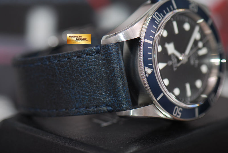 products/GML1284_-_Tudor_Black_Bay_Heritage_Blue_Automatic_79220_-_6.JPG