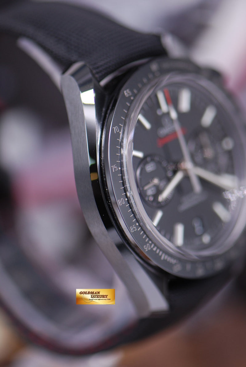 products/GML1301_-_Omega_MoonWatch_Ceramic_Dark_Side_of_the_Moon_-_3.JPG