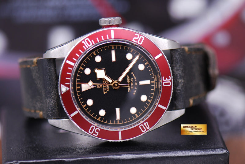 products/GML1359_-_Tudor_Black_Bay_Heritage_41mm_Red_Bezel_Automatic_-_10.JPG