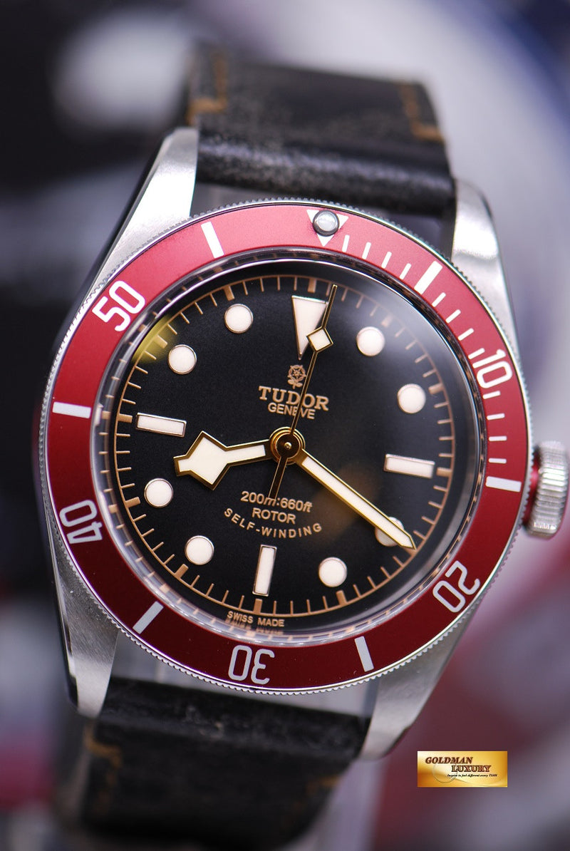 products/GML1359_-_Tudor_Black_Bay_Heritage_41mm_Red_Bezel_Automatic_-_2.JPG