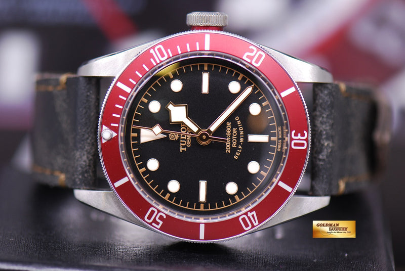 products/GML1359_-_Tudor_Black_Bay_Heritage_41mm_Red_Bezel_Automatic_-_5.JPG