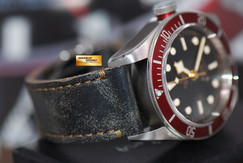 products/GML1359_-_Tudor_Black_Bay_Heritage_41mm_Red_Bezel_Automatic_-_6.JPG