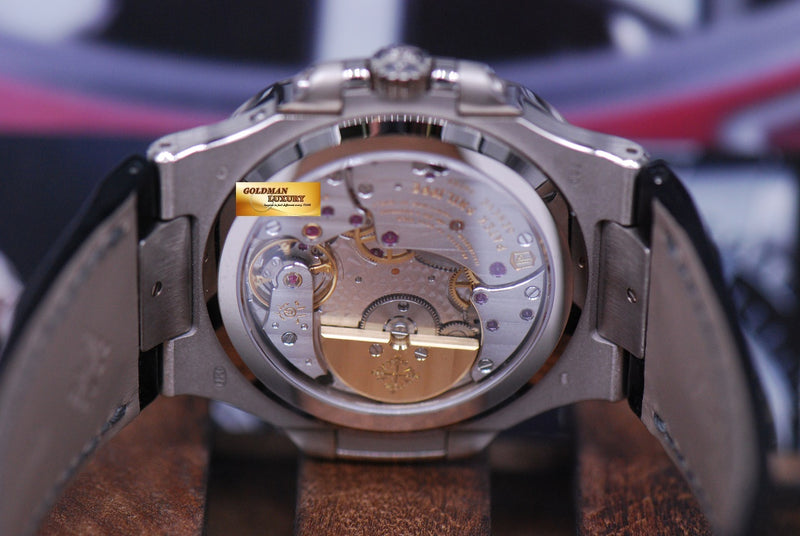 products/GML1490_-_Patek_Philippe_Nautilus_Power_Reserve_Moonphase_18KWG_5712G_NEW_-8.JPG