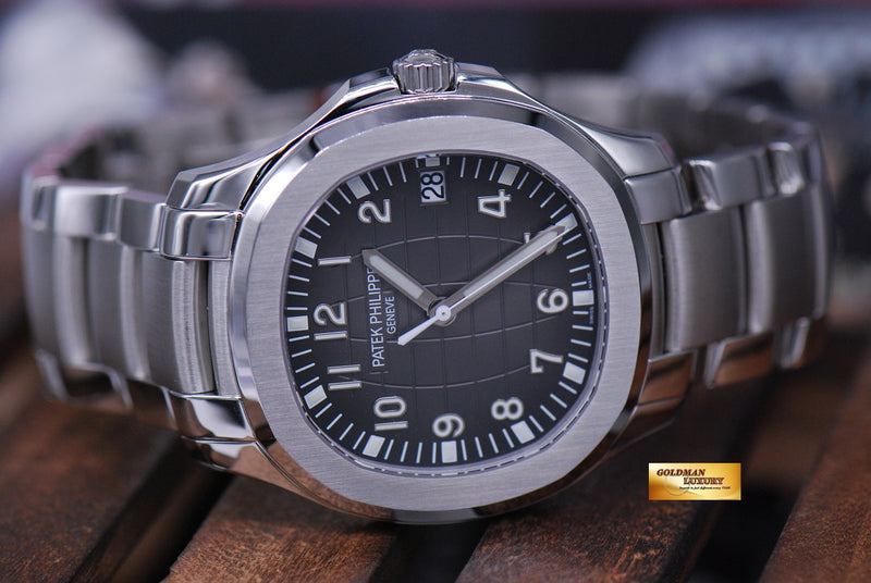 products/GML1555_-_Patek_Philippe_Aquanaut_Stainless_Steel_40mm_Auto_5167A_NEW_-_10.JPG