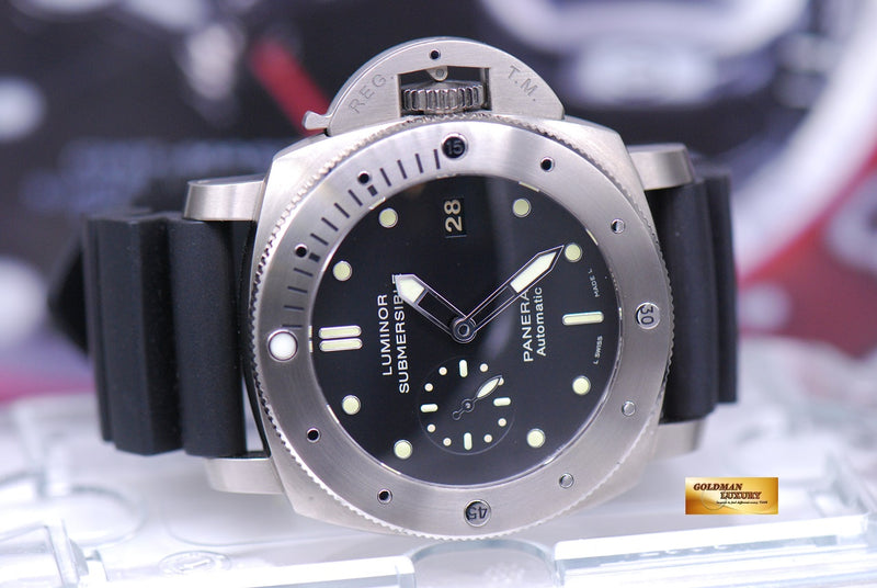 products/GML1561_-_Panerai_Luminor_Submersible_Titanium_Automatic_PAM_305_-_10.JPG