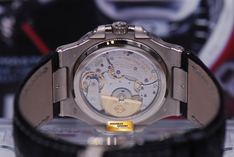 products/GML1648_-_Patek_Philippe_Nautilus_18KWG_Moonphase_Power_Reserve_5712G_-_8.JPG