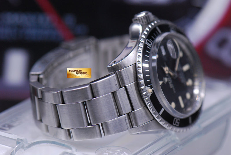 products/GML1846_-_Rolex_Oyster_Vintage_Red_Submariner_1680_Mark_VI_Dial_-_6.JPG