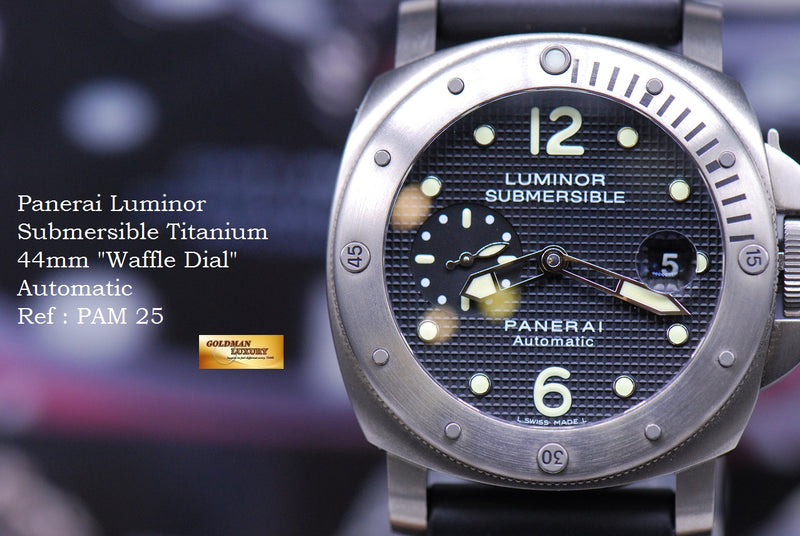 products/GML1858_-_Panerai_Luminor_Submersible_Titanium_44mm_Waffle_Dial_PAM_25_-_11.JPG