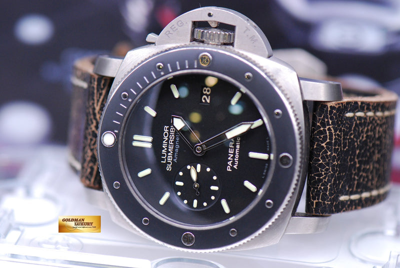 products/GML1859_-_Panerai_Luminor_Submersible_Titanium_47mm_PAM_389_-_9.JPG