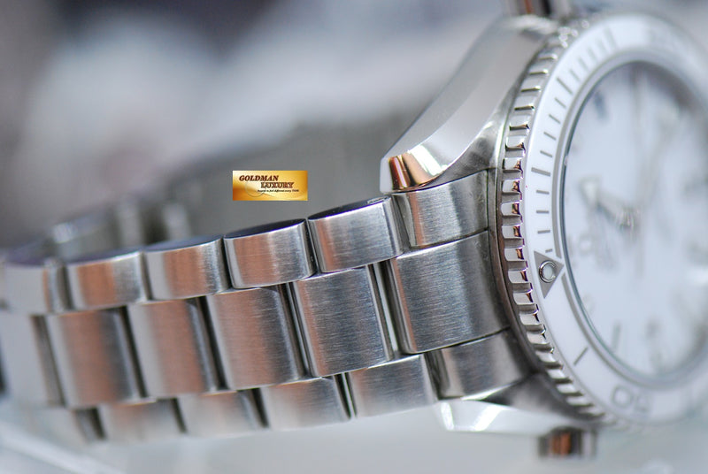 products/GML1918_-_Omega_Seamaster_Planet_Ocean_Co-axial_42mm_White_-_6.JPG