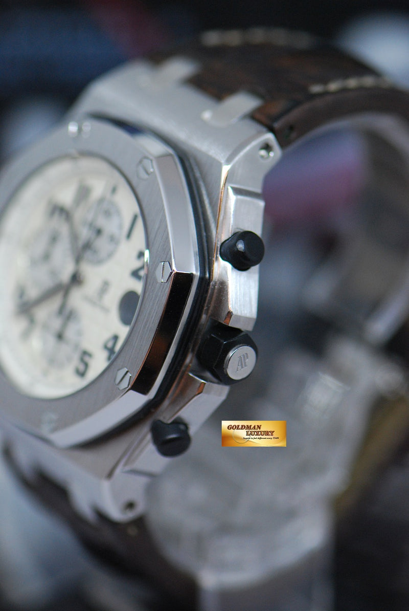 products/GML1921_-_Audemars_Piguet_ROO_Chronograph_Safari_26020ST_-_3.JPG