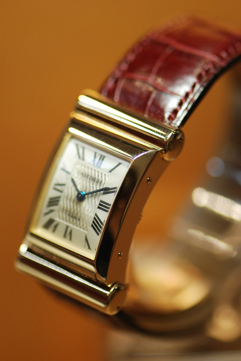 products/GML311_-_Cartier_18KRG_Curved_150th_Anniversary_Manual_-_3_cc92f34b-f5ee-462f-97c6-e8735cebf26c.JPG