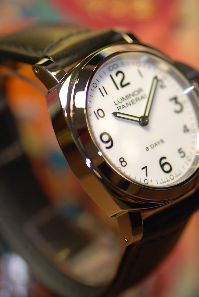 products/GML321_-_Panerai_Luminor_8-Days_PAM_561_Manual_NEW_-_4.JPG