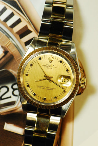 ROLEX OYSTER PERPETUAL DATE 1505 AUTOMATIC (NEAR MINT)