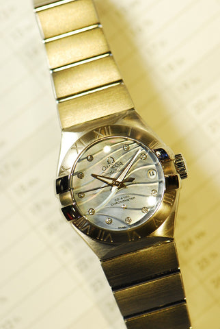 OMEGA CONSTELLATION DIAMONDS LADIES 27mm AUTOMATIC MOP (LNIB)