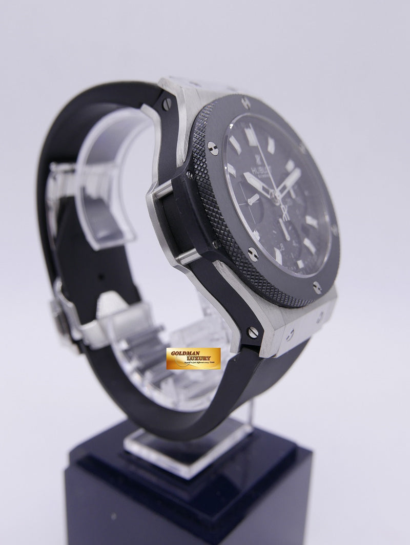 products/GML883_-_Hublot_Big_Bang_Chronograph_Ceramic_Bezel_SS_Near_Mint_-_3.JPG