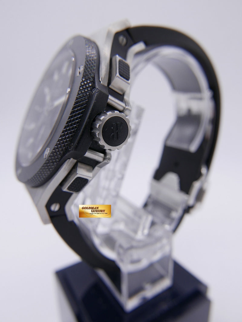 products/GML883_-_Hublot_Big_Bang_Chronograph_Ceramic_Bezel_SS_Near_Mint_-_4.JPG