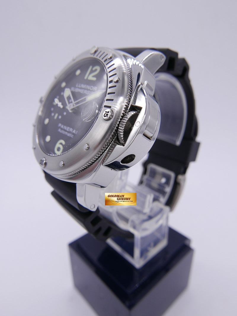 products/GML892_-_Panerai_Luminor_Submersible_PAM_24_Automatic_MINT_-_3.JPG