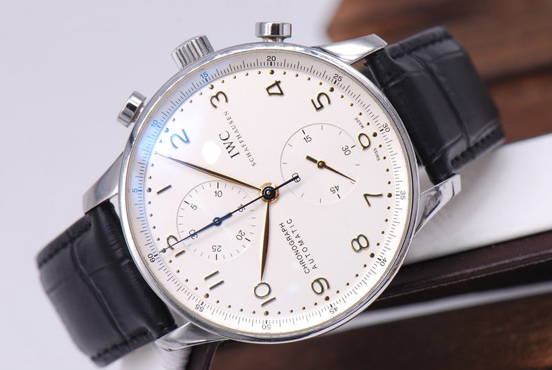 products/GML992_-_IWC_Portuguese_Chronograph_3714_White_Dial_Near_Mint_-_6.JPG